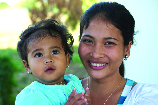 image of Cambodian woman with infant daughter